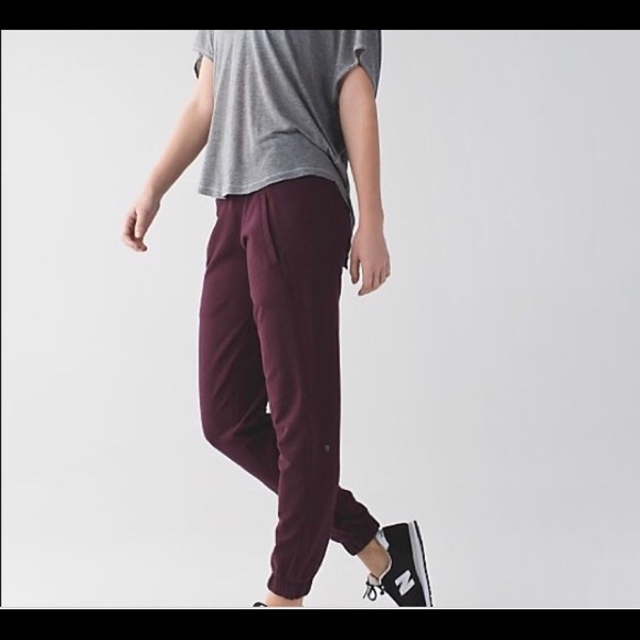 lululemon athletica Pants - maroon lululemon joggers